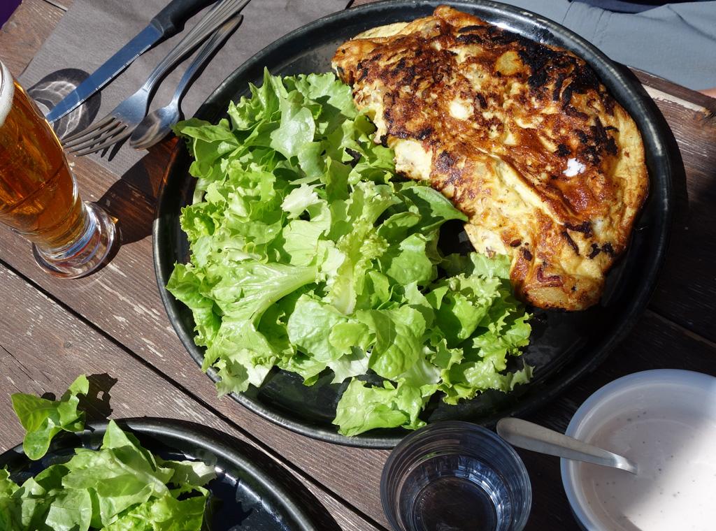 Omelette. À la sortie du parc de la Vanoise.