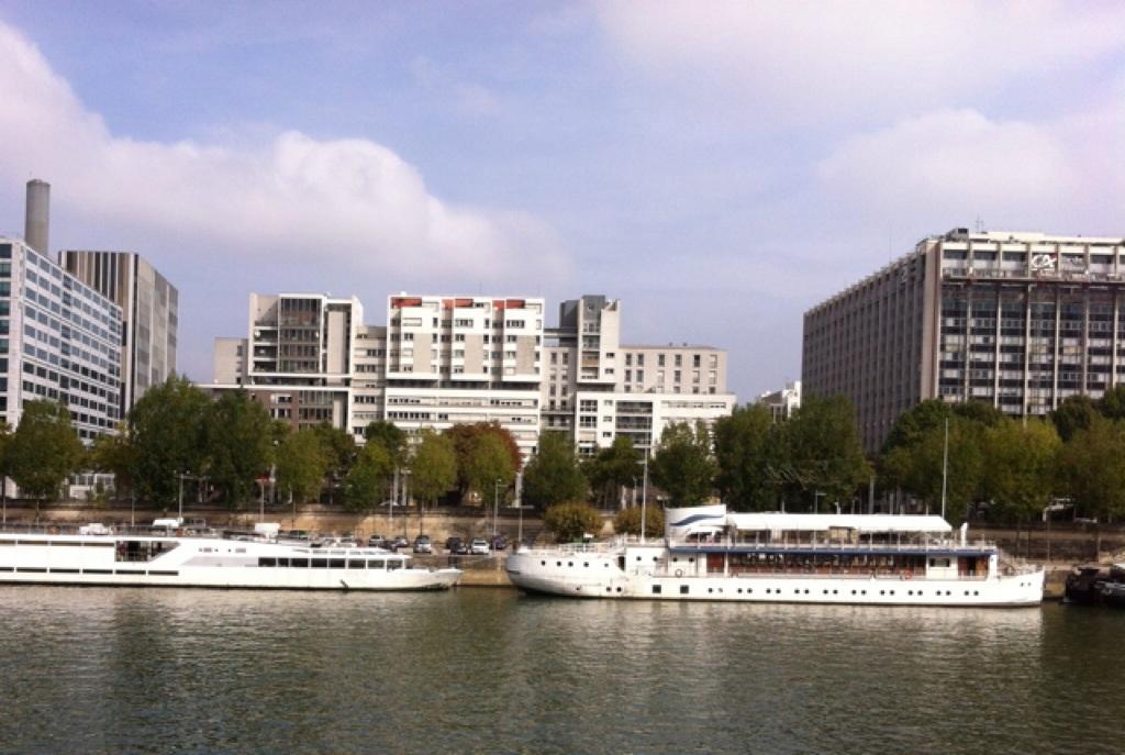 Marcher pour marcher. Sur les bords de Seine.